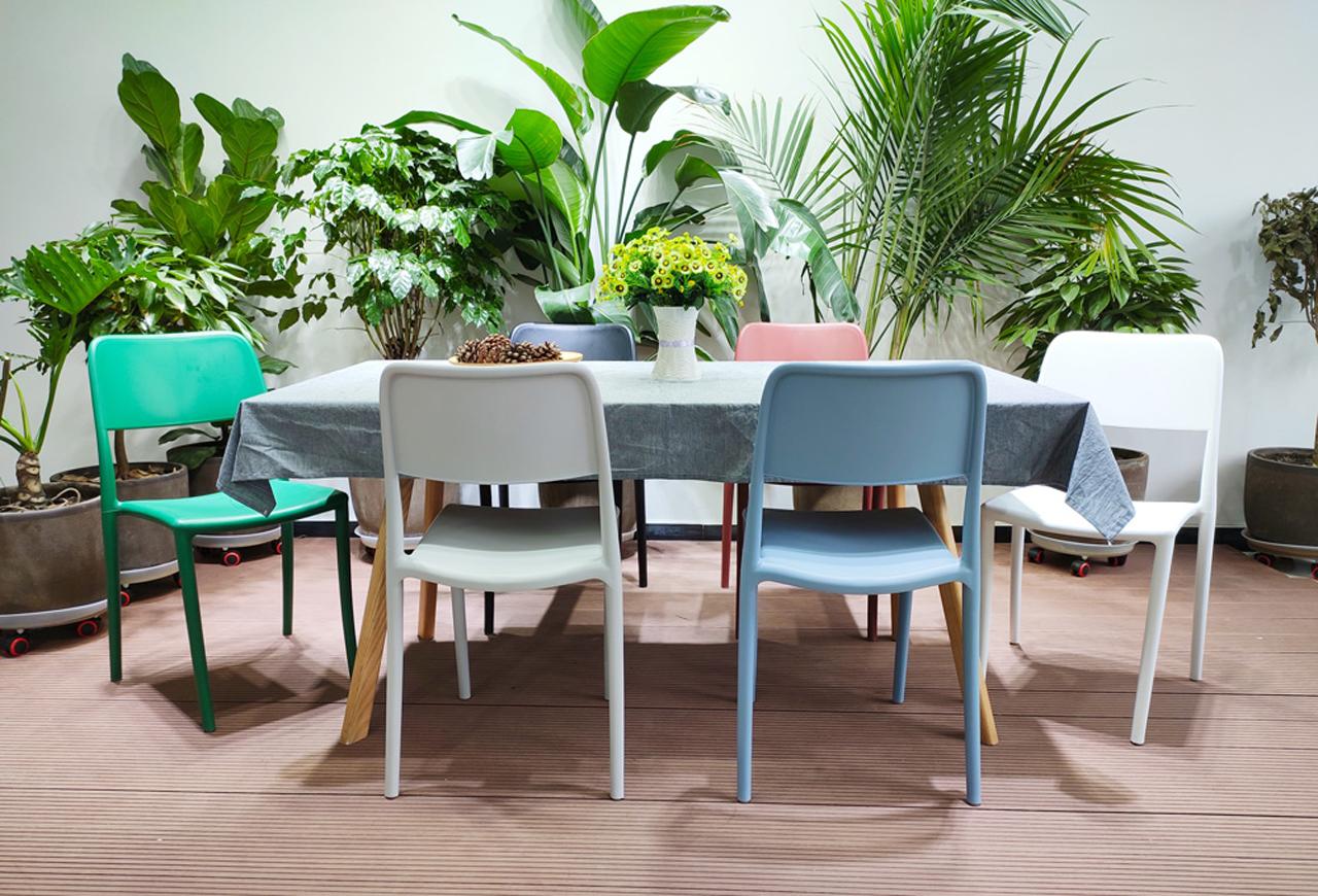 Dining chairs -MAKA Furniture