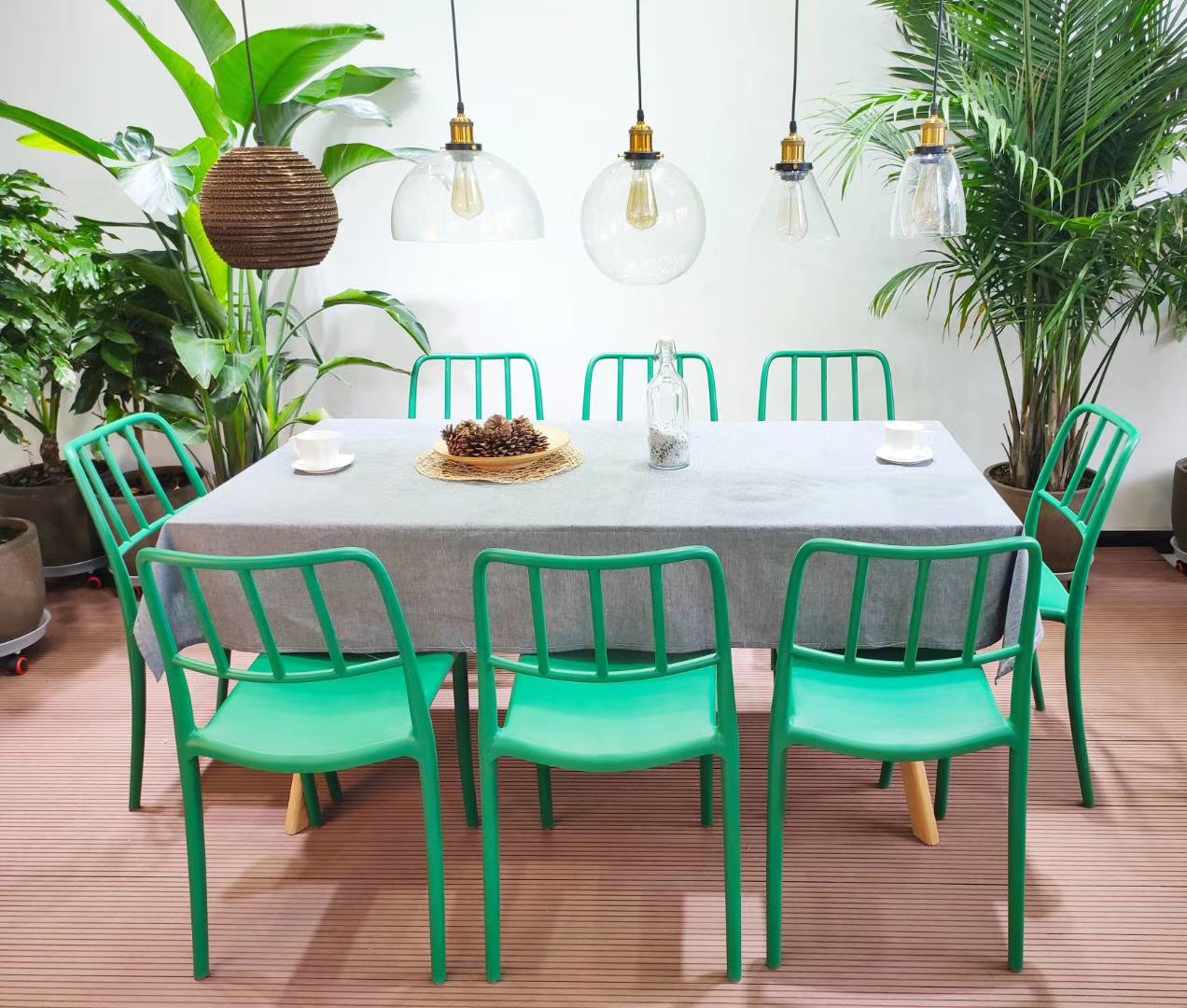 plastic-chair-Italy-green